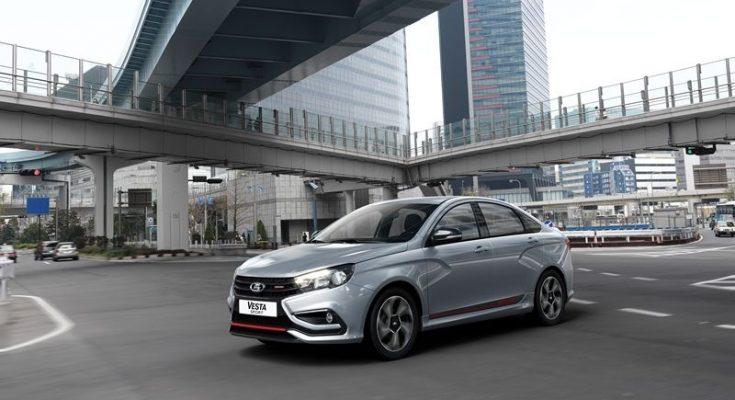 Новая Lada Vesta Sport обойдется покупателям около 1 млн рублей и будет доступна в двух исполнениях